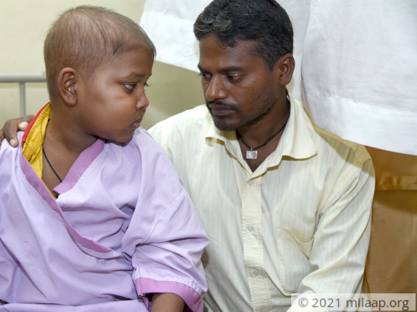 Despite Selling His House,Daily Wage Worker Struggles To Save His Son