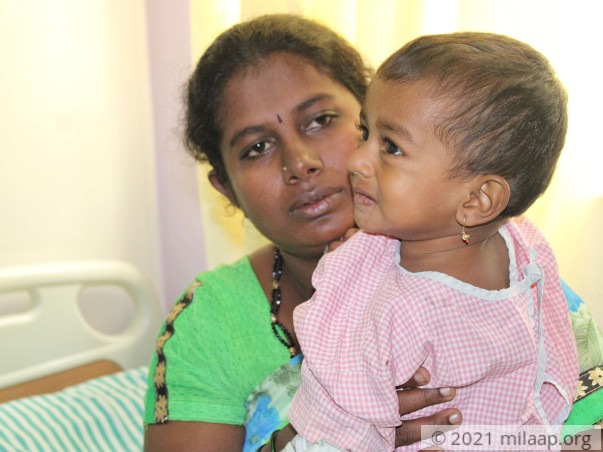 Helpless Mother Is Struggling To Save Her 2-Year-Old From Cancer