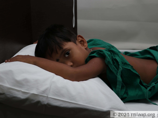 Construction Worker's 4-Year-Old Has A Deformed Spine, Needs Help