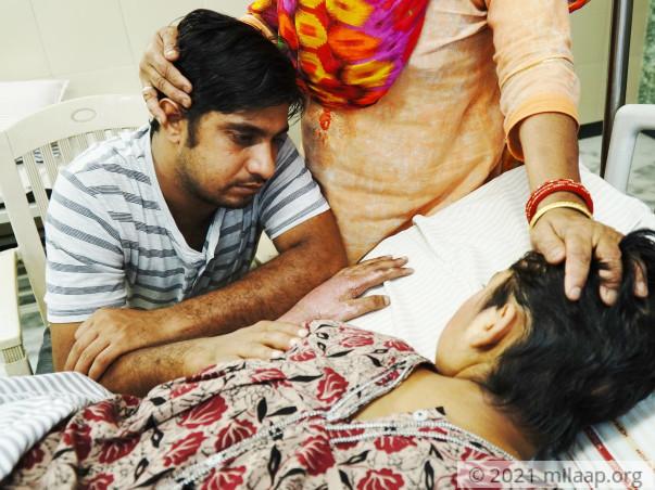 Reshma Bano needs your help!
