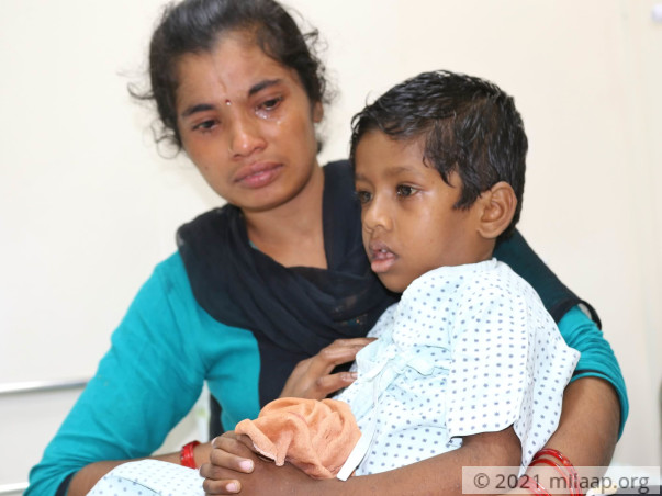 This Maid Has No Choice But To Take Her Sick Son To Work