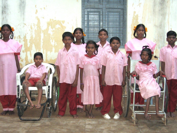 I am participating in Daan Utsav to  gLRA India Wishtree