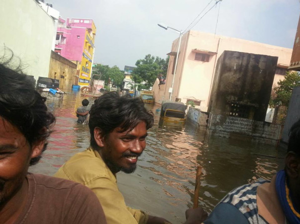 Lets help our Chennai and Cuddalore people to get back their normal lives .......