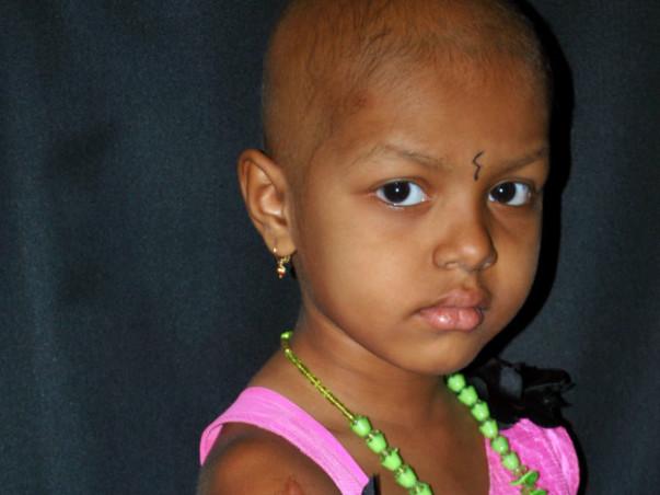 Do your bit for Deepika s shoulder cancer treatment