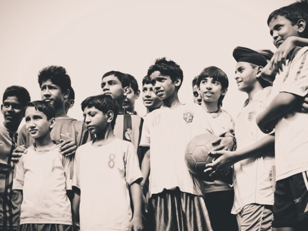 Support talented underprivileged children to fulfill their dreams
