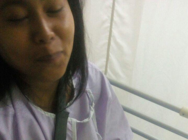 My Maid, Shikha's Fingers Got Crushed In An Accident. Help Her Recover