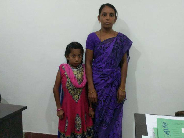 Single Mother Struggles To Save Her Daughter With Her Daily Wages