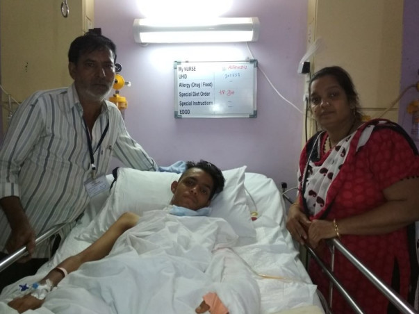 16-Year-Old Aman Will Lose His Arm If He Doesn't Get An Urgent Surgery