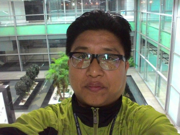 Help Apong to fight Cancer