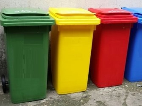 Join our initiative for setting dustbins in public places.