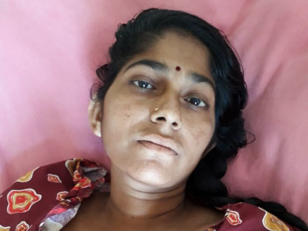 Help Vanitha to recover from accident,her legs are severely damaged