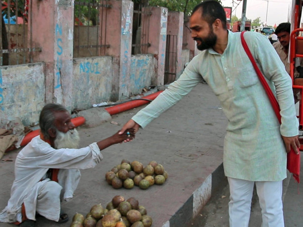 Let us build a better place for beggars: Help Sharad