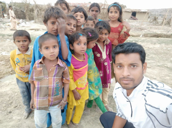 Help Adarsh Nagar Migrants Rebuild Their Lives
