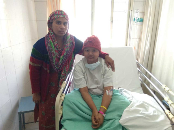 Single Mother Cannot Even Afford To Save Her Daughter From Cancer