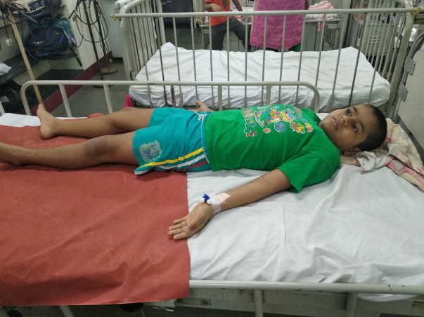 Help 10 Years Old Liftman Son Suffering From Sever Aplastic Anemia