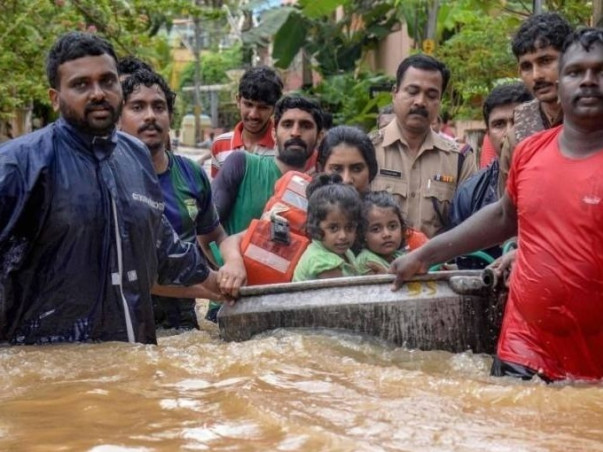 REBUILD KERALA! Help 100 families get back on their feet. Donate Now!