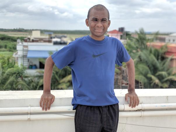 Help parentless Pravin to undergo treatment