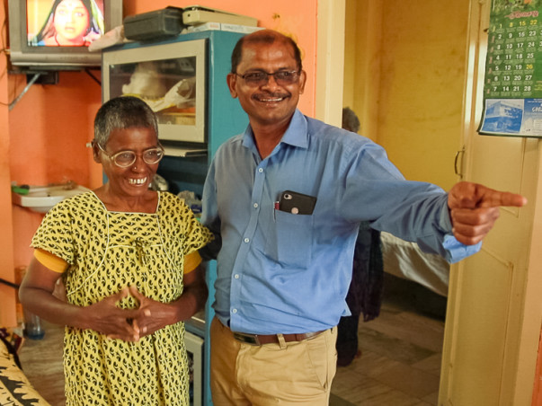 Help Rajeshwar Shelter Patients Who Have Forgotten Their Identities