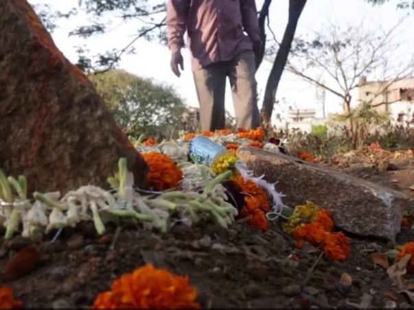 Help Trivikrama Mahadeva: Bearer of unclaimed dead bodies!