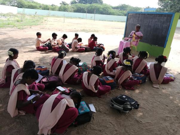 Class room and computers for Kattumalaiyanur Kids!
