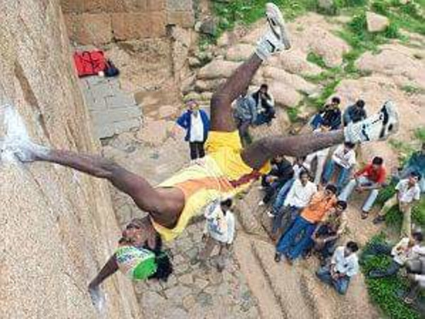 Help Monkey Man to Win Gold Medal for India in 2020 Olympics