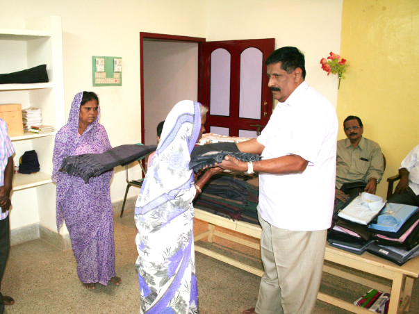 New Dress, Warm Blankets to 200 Aged Persons
