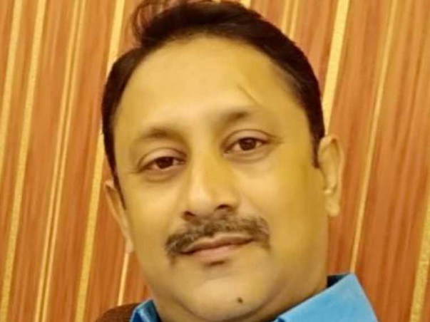 42 Years Old Arnab Hajra Needs Your Help Recover From Accident
