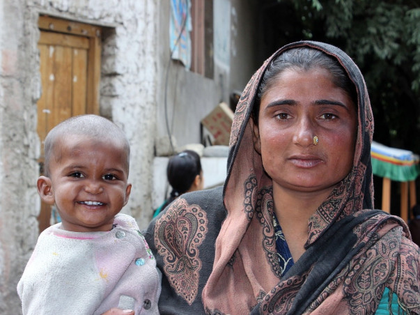 HELP unprivileged daily-wage family with Food Supply and Sanitation