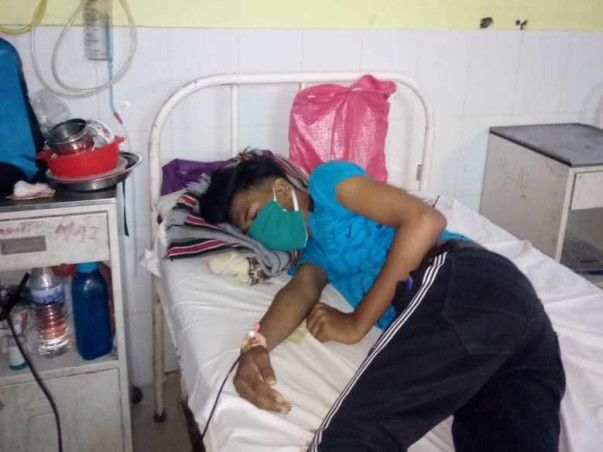 This 18 years old needs your urgent support in fighting Pancytopenia under evaluation
