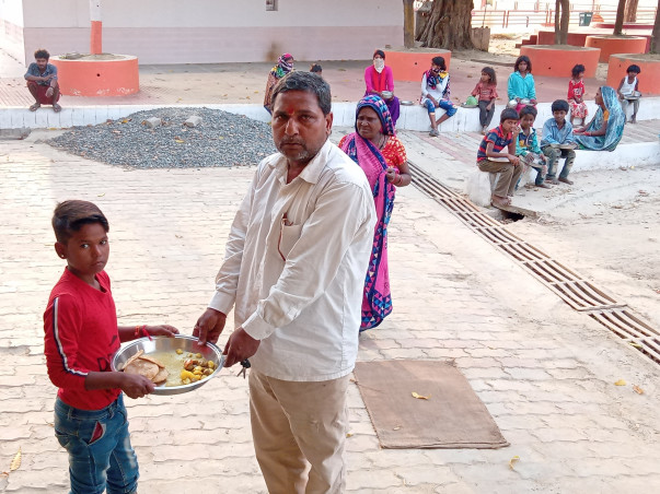 Help Us to feed India's poor people in this Covid-19 pandemic period.