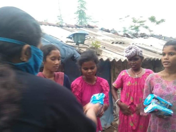 Donate A Sanitary Pad In a mission to  help 15000 Women