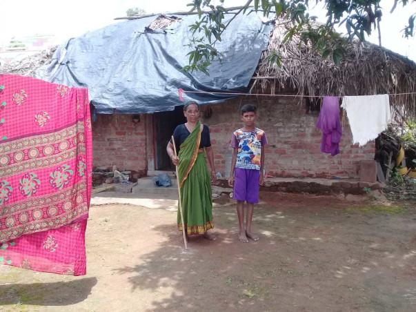 help siddhartha and menevva to build a house