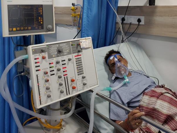 My father is struggling with Road accident with polytrauma, help