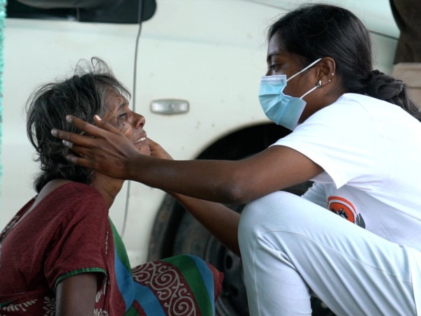 Nursing Lecturer In TN Needs Help To Rehabilitate Homeless People