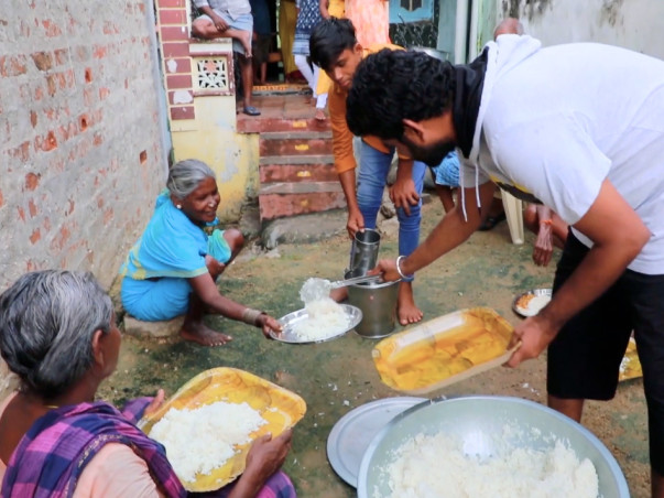 Support A Poor Farmer & His Disabled Wife To Feed 100 People Everyday