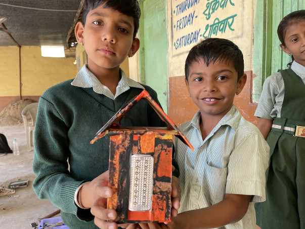 Support 5000 students to build their own Maker Lab in tribal villages.