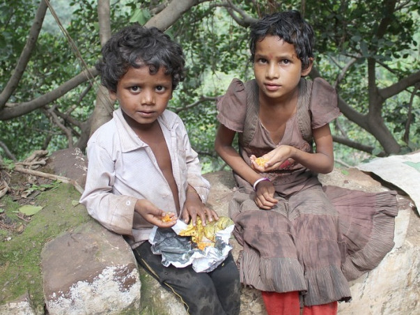 PLEASE SUPPORT TO FEED THE HUNGRY