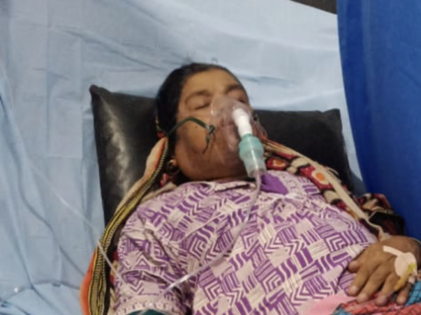 Support Naushad In Clearing hospital Bills Of His Deceased Mother