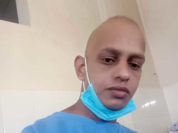 Help Vijesh For His Cancer Treatment