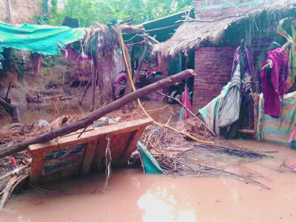 Flood catastrophe in Jalaun district–People urgently need your support